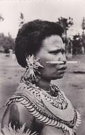 PAPOUASIE NOUVELLE GUINEE,PAPOU,papua New Guinea,océanie,jeune Femme Ornée,Mékéo - Papouasie-Nouvelle-Guinée