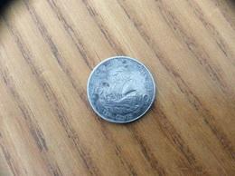 Pièce 10 Cents - 2004 - EAST CARAIBBEAN STATES - Caraïbes Orientales (Etats Des)