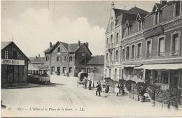 76 EU L'hôtel Et La Place De La Gare - Eu
