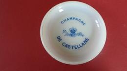 COUPELLE CENDRIER CHAMPAGNE DE CASTELLANE EPERNAY  ****   RARE   A  SAISIR ***** - Cendriers