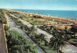 Cartolina Forte Dei Marmi Viali Di Levante Spiaggia - Massa