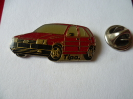 PIN'S   VOITURE  FIAT TIPO - Fiat