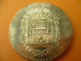 Athlétisme / RUEIL MALMAISON/ Rueil Athlétic Club ( RAC)/ Fondé En 1910/Bronze Doré/ Vers 1980-90 ?             SPO261 - Athletics