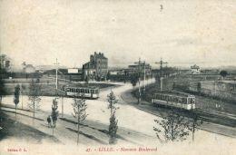N°61338 -cpa Lille -nouveau Boulevard -tramway- - Tram