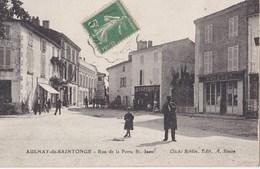 AULNAY De SAINTONGUE Rue De La Porte St Jean - Aulnay