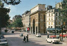 France - Paris - Street Scene - Cars - Frankreich