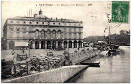 64 BAYONNE - La Mairie Et Le Théatre - Bayonne