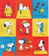 PLANCHE DE 9 STICKERS AUTOCOLLANTS  Snoopy PEANUTS Schulz  ANNEES 1960 - Stickers