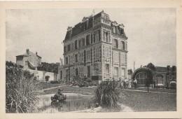 PA28-91) ORSAY (SEINE ET OISE)  CHATEAU  DE LA PACATERIE  - CÔTÉ SUD OUEST  - (ANIMÉE - 2 SCANS) - Orsay