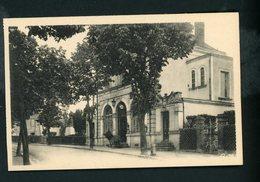 CPA: 71 - BOURBON-LANCY - LA POSTE ET LE MONUMENT AUX MORTS DE 1870 - Autres Communes