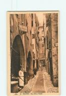 GRASSE -  Rue  Rêve Vieille Animée - Boucherie F. BADDO Avec Boucher Couteau à La Main - 2 Scans - Grasse
