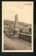 CPA: 71 - ANOST - LE MONUMENT AUX MORTS - Francia