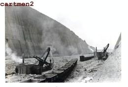 LANAYE VROENHOVEN MEUSE HEER CANAL TRANCHEE CHANTIER TRAVAUX PUBLIC CONSTRUCTION GENIE CIVIL Peniche - België