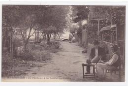 Bouches-du-Rhône - Marignane - Un Pêcheur à La Pointe Du Vallat - Marignane