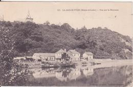 CPA - 117. LA JAILLE YVON - Vue Sur La Mayenne - France