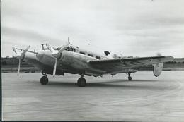 P.D. 18 BEECHCRAT -  PHOTO CONSTUCTEUR -18 X 12 CM - Aviation