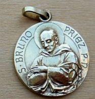 NM-601 Imposante Médaille Ancienne Métal  Jaune (bronze)signée Pénin Poncet Au Dos St Bruno - Religione & Esoterismo