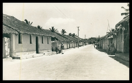 ILHA DE MOÇAMBIQUE -Bairro Tipico Africano ( Ed. Casa Domingos Dos Reis Nº 305)  Carte Postale - Mozambique