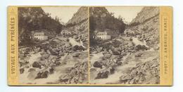 PHOTO STEREO Circa 1868 J. ANDRIEU..Voyage Aux Pyrénées. N 58. Bains Du Petit Saint Sauveur à CAUTERETS (65).. - Fotos Estereoscópicas
