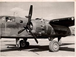 PASSED BY CENSOR   NORTH AMERICAN B25 MITCHELL   21,5 * 16,5 CM  Bomber - Aviación
