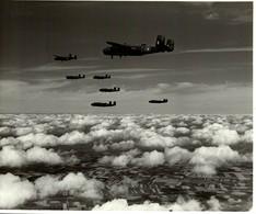 NORTH AMERICAN B25 MITCHELL   25 * 20 CM  Bomber - Aviación
