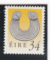 Ireland 1990-95 MNH Scott #782 34p Gleninsheen Collar Art Treasures - 1949-... République D'Irlande