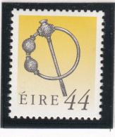 Ireland 1990-95 MNH Scott #787 44p Silver Thistle Brooch Art Treasures - 1949-... République D'Irlande