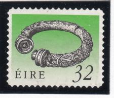 Ireland 1990-95 Used Scott #794a 32p Broighter Collar Art Treasures - 1949-... République D'Irlande