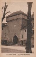 Carte Postale Ancienne De L'Isère - Crémieu - La Porte De Quirieu - Crémieu