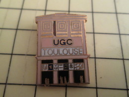 Pin811g Pin's Pins / Beau Et Rare : Thème CINEMA / SALLE UGC TOULOUSE - Avions