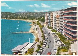 Juan-les-Pins: FIAT 600 MULTIPLA, ALFA GIULIETTA SPIDER, CITROËN DS DECAPOTABLE, AUSTIN A60 CAMBRIDGE, PANHARD PL17 - Passenger Cars