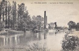 02-vic Sur Aisne  Les Bords De L Aisne Et La Sucrerie - Vic Sur Aisne