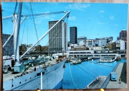 SYDNEY AUSTRALIA PANORAMIC VIEW OF AMP BUILDING FROM OVERSEAS TERMINAL  SCAN R/V - Sydney