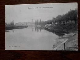 L3/61 Saintes . La Charente Et Le Quai Des Frères - Saintes