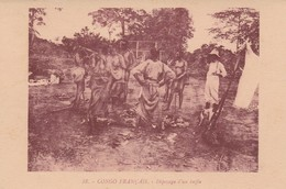 CPA  CONGO FRANCAIS ETHNIQUE  DEPECAGE D'UN BUFFLE - Congo Français - Autres