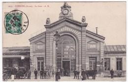 02 SOISSONS (Aisne) - La Gare (animée, Circulé) - Soissons