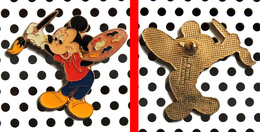1 Pin's Disney Mickey Peintre Arthus Bertrand - Disney