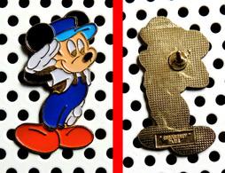 1 Pin's Disney Mickey Mécanicien De Locomotive (EuroDisney Paris) - Disney