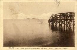 ANGOLA - LUANDA - LOANDA - Belas - Gado A Tomar Banho No Mar Entrando Por Uma Ponte - Gomes & Irmão - Angola