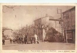 34 VALROS  Place Du Centre Statue De La République Cp Taxée    2scans - France