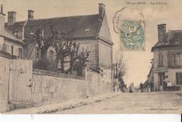 02-vic Sur Aisne  Rue D Attichy Au Fond Magasin Patisserie - Vic Sur Aisne