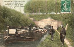 D02  LESDINS   Canal Souterrain  Rame Allant Vers La Belgique - Autres Communes