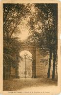 CREPY EN VALOIS ENTREE DE LA PROPRIETE DE M LEVERT - Crepy En Valois