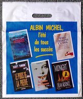 SAC ALBIN MICHEL ÉDITEUR PLASTIQUE PUBLICITAIRE 35X42cm SACCUPLASTIKOPHILE COLLECTIONNEUR PUBLICITÉ - SITE Serbon63 - Livres, BD, Revues