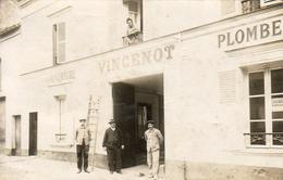 D77  MELUN  CARTE PHOTO VINCENOT COUVERTURE PLOMBERIE ( Se Trouvait 10 Rue Des Fossés ) - Melun
