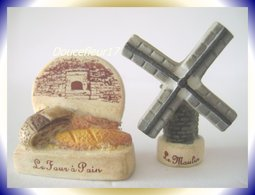 Grande Histoire Du Pain ... Lot De 2 Fèves .. Ref AFF: 42-2008 ...(pan 0019) - Charms