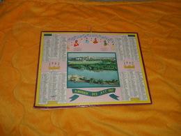 CALENDRIER ALMANACH DES POSTES ET DES TELEGRAPHES 1962. / LE RHONE EN AVIGNON. AVEC 8 PAGES. - Calendars