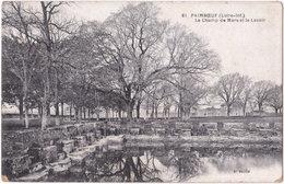 44. PAIMBOEUF. Le Champ De Mars Et Le Lavoir. 61 - Paimboeuf