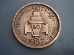 Belle Ancienne Plaque Ronde Anciens établissements Lesaffre Bataille 1907-1987. LENS - Ferronnerie