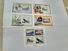 Chad 2001  Zeppelin 2266-2269 Bl 333-336 - Tchad (1960-...)